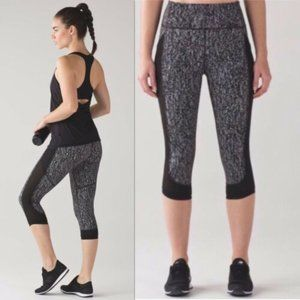 Lululemon Women Fit Physique Mesh Crops Black Gray
